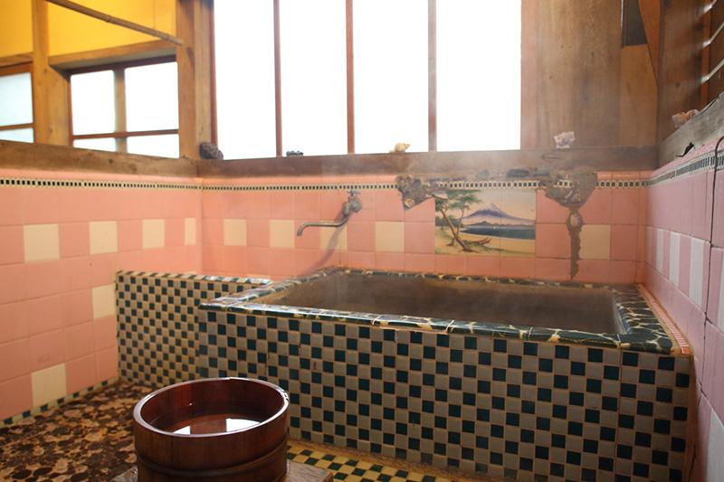 貸切温泉小屋の内観写真